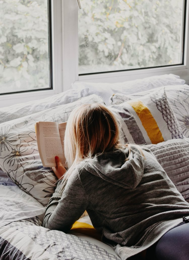 5 Romance Books to read this fall. New Adult Fiction. Elephant on the Road.